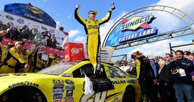 NASCAR Sprint Cup Series: Matt Kenseth vence em Dover