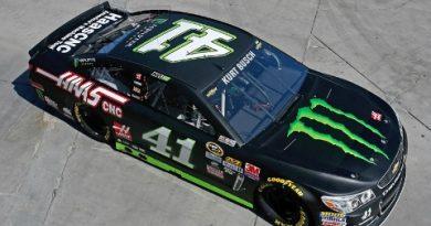 NASCAR Sprint Cup Series: Kurt Busch marca a pole em Las Vegas
