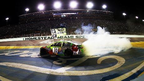 NASCAR Sprint Cup Series: Kyle Busch é o campeão de 2015
