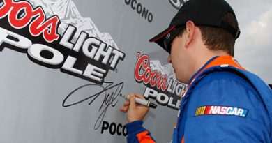 NASCAR Sprint Cup Series: Kyle Busch sai na pole em Pocono