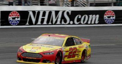 NASCAR Sprint Cup Series: Joey Logano vence em New Hampshire