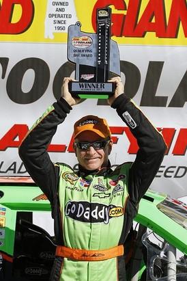 NASCAR Sprint Cup Series: Mark Martin marca a pole em Talladega