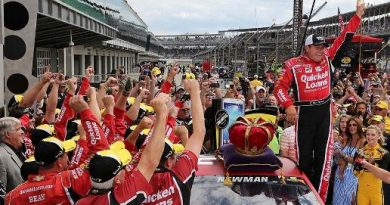 NASCAR Sprint Cup Series: Ryan Newman vence em Indianápolis