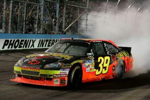 NASCAR Sprint Cup Series: Ryan Newman vence em Phoenix