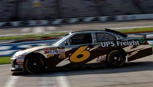 NASCAR Sprint Cup Series: No Texas, David Ragan marca a primeira pole da carreira