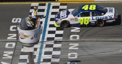 NASCAR Sprint Cup Series: Jimmie Johnson vence em Sonoma