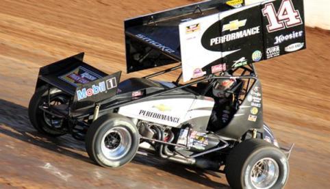 NASCAR Sprint Cup Series: Tony Stewart quebra a perna em prova na terra