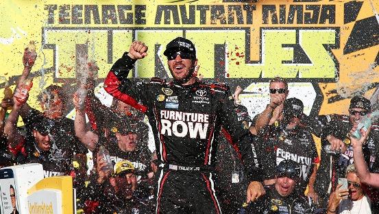 NASCAR Sprint Cup Series: Martin Truex Jr. vence em Chicagoland