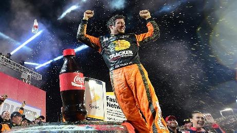 NASCAR Sprint Cup Series: Martin Truex Jr. vence a Coca-Cola 600