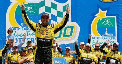 NASCAR Truck Series: Matt Crafton vence em Charlotte