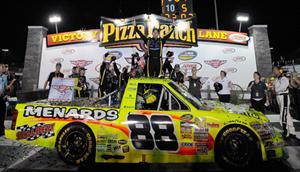 NASCAR Truck Series: Matt Crafton vence em Iowa
