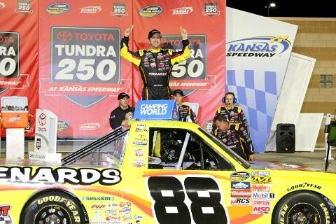 NASCAR Truck Series: Matt Crafton vence no Kansas