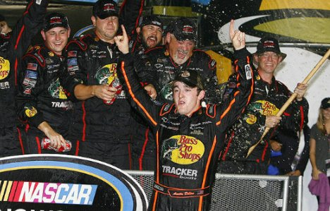 NASCAR Truck Series: Johnny Sauter vence em Homestead. Austin Dillon é o Campeão de 2011