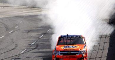 NASCAR NASCAR Camping World Truck Series: Kevin Havick vence em Martinsville