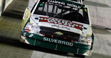 Nascar Truck Series: Kevin Harvick vence em Michigan e em Bristol
