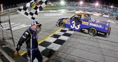 NASCAR Truck Series: Ron Hornaday vence em Atlanta