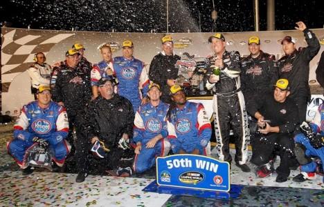 NASCAR Truck Series: Ron Hornaday vence em Kentucky