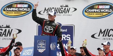 NASCAR Truck Series: Brett Moffitt vence na última volta em Michigan
