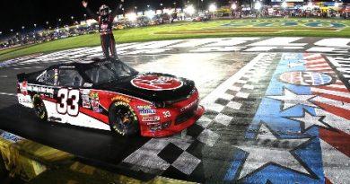 NASCAR XFINITY Series: Austin Dillon vence em Charlotte