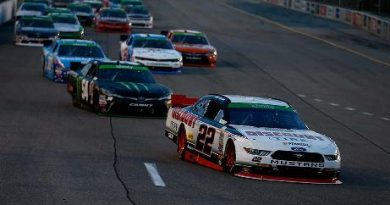 NASCAR XFINITY Series: Denny Hamlin domina em Richmond