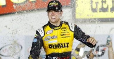 NASCAR XFINITY Series: Erik Jones domina em Iowa