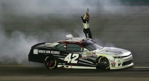 NASCAR XFINITY Series: Tyler Reddick vence em Kentucky