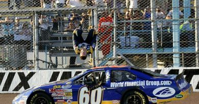 Nationwide Series: Carl Edwards vence em Phoenix