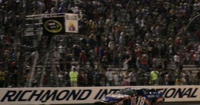 Nascar Nationwide Series: Com dez etapas disputadas, Kyle Busch e Carl Edwards brigam pela liderança