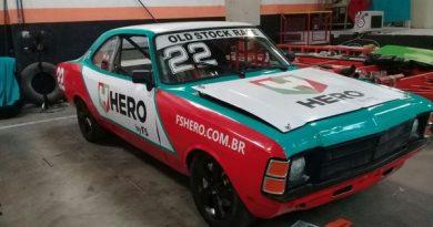 Old Stock Race: Ícone do esporte, Paulão Gomes realiza sonho: correr ao lado do filho, também campeão da Stock Car