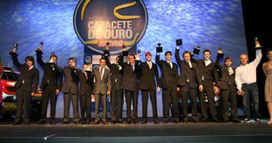 Outra: Capacete de Ouro reune pilotos em dia de premiação em SP