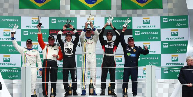 Porsche Cup: Constantino Júnior vence preliminar do GP do Brasil