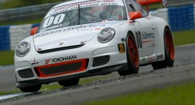 Porsche GT3 Brasil: Em treino emocionante, Constantino Júnior faz a primeira pole da temporada