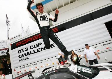 Porsche GT3 Cup: Ricardo Rosset é tricampeão da Porsche GT3 Cup em prova vencida por Lico Kaesemodel