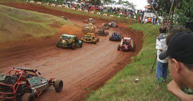 Velocidade na Terra: Copa Paraná de Velocidade na Terra prossegue domingo em Santa Helena