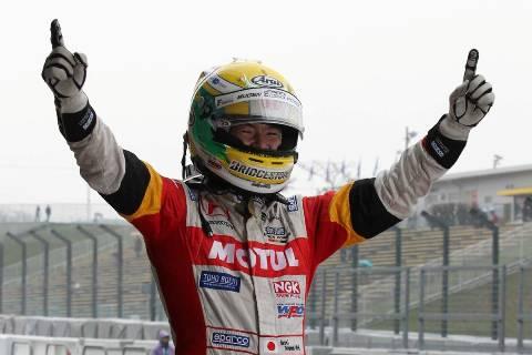 Super Formula: Naoki Yamamoto é o Campeão de 2013