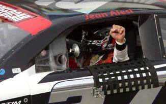 Speedcar: Jean Alesi vence as duas provas em Dubai