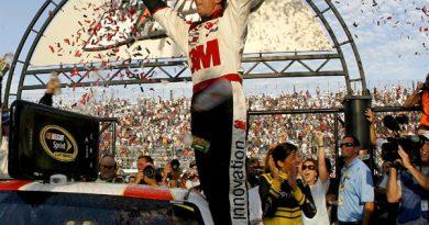 Nascar Sprint Cup Series: Greg Biffle ganha a segunda consecutiva