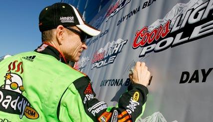Nascar Sprint Cup: Mark Martin marca a pole-position para a Daytona 500