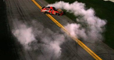 NASCAR Sprint Cup Series: Jamie McMurray vence as 500 Milhas de Daytona