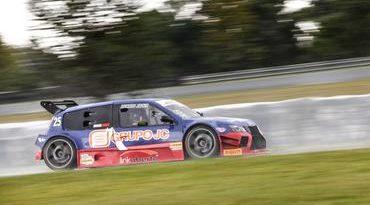 Sprint Race: Jader Davi (PRO) e Felipe Rabello (GP) vencem segunda corrida em Curitiba
