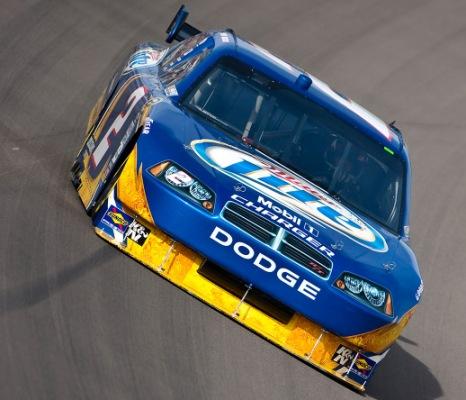 NASCAR Sprint Cup Series: Com novo recorde de pista, Kurt Busch marca a pole em Las Vegas