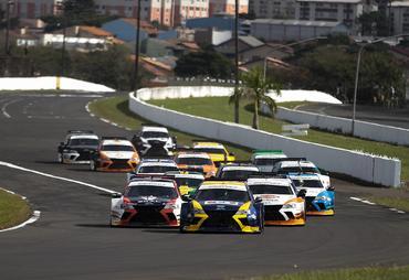 Sprint Race: Gaetano Di Mauro (PRO) e Fabio Brecailo (GP) vencem a primeira corrida em Londrina