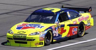 Nascar Sprint Cup Series: Mark Martin marca a pole-position no Kansas