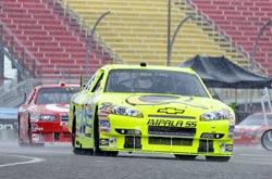 Nascar Sprint Cup: Chuva cancela treino em Watkins Glen. Kyle Busch é o pole