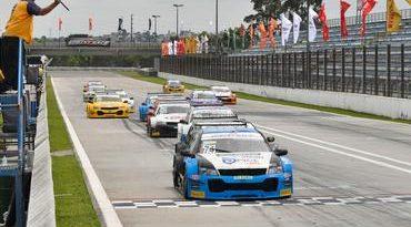 Sprint Race: Di Mauro/Salas vence duas e embola disputa