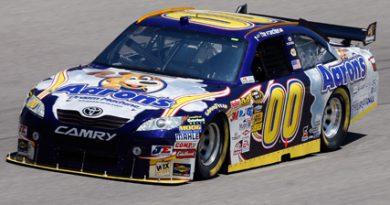 Nascar Sprint Cup Series: David Reutimann marca a pole-position no Texas
