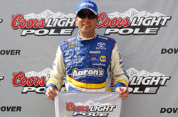 Nascar Sprint Cup Series: David Reutimann sai na pole em Dover