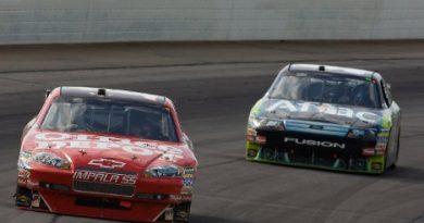 Nascar Sprint Cup Series: De forma fantástica Tony Stewart vence em Pocono
