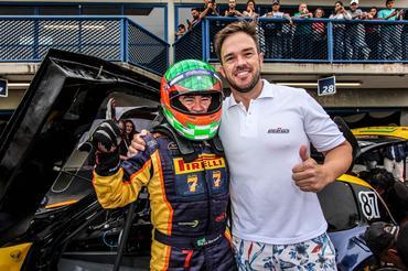 Sprint Race: Berlanda Jr vence na PRO e Kau Machado na GP na primeira corrida deste domingo