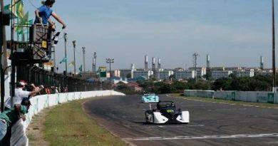 Copa Brasil Spyder Race: Rodrigo Posses vence em Londrina